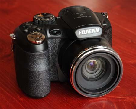 Test digit ln ch kompaktn ch fotoapar t for Fujifilm finepix s1600 avis
