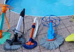 Poloautomatické bazénové vysavače