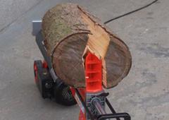 Horizontální štípače dřeva